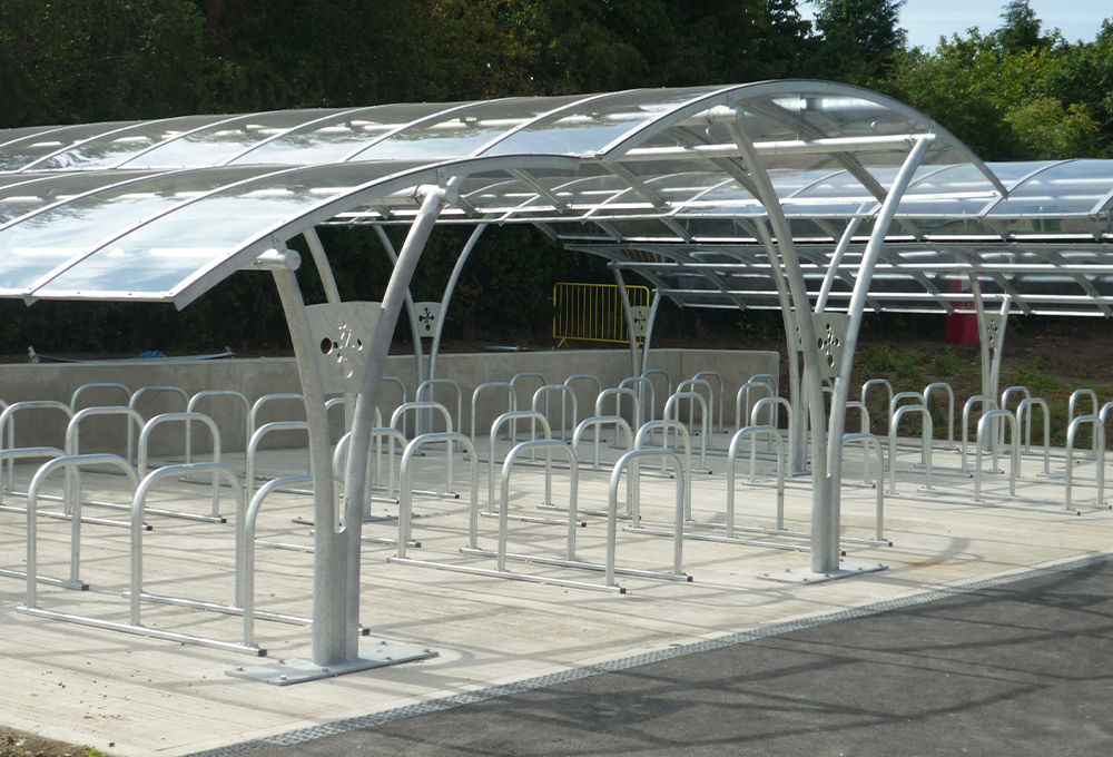 Double row symmetric cycle shelters - CENTAUR CLS
