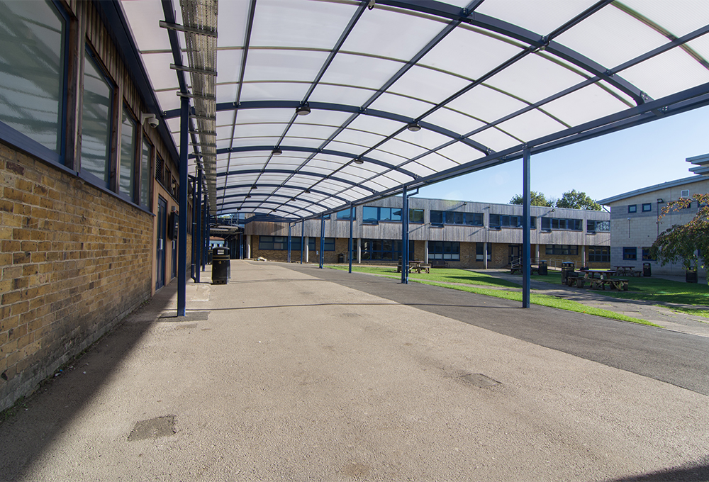Covered walkway at Queensmead School - TRITON