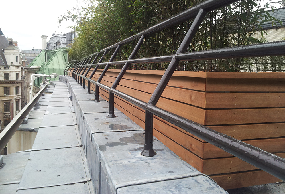 Street planter on rooftop - City3