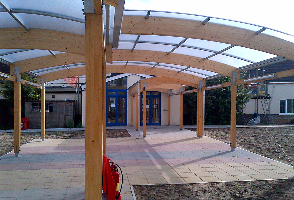 Timber covered walkway at Kingsley Primary School